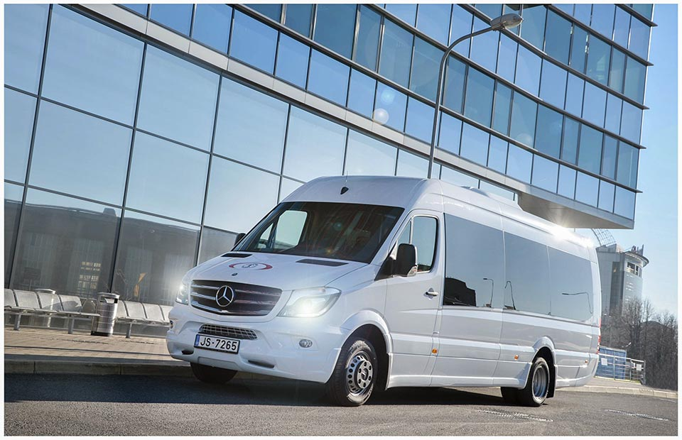 carwitter ts mercedes benz review and rental experience do dos s donts hire van don